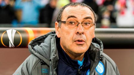 Mantan pelatih Napoli, Maurizio Sarri. - INDOSPORT