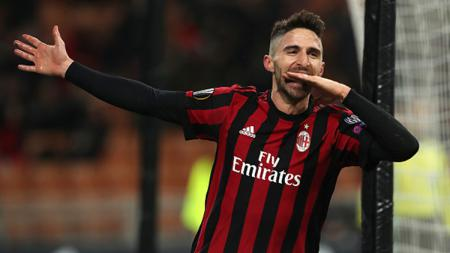 Selebrasi pemain AC Milan, Fabio Borini. - INDOSPORT