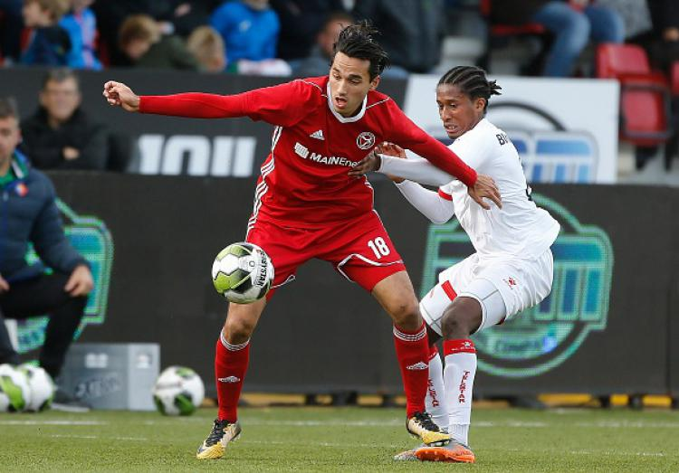 Ezra Walian (Pemain Almere City) Copyright: Getty Images