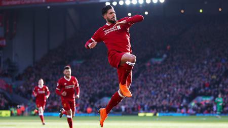 Aksi selebrasi Emre Can usai cetak gol ke gawang West Ham United pada menit-29'. - INDOSPORT