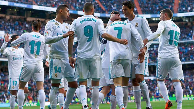 Selebrasi pemain Real Madrid menang atas Deportivo Alaves dengan skor 4-0 tanpa balas. Copyright: INDOSPORT