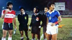 Indosport - Persib Bandung vs PSV Eindhoven di Stadion Siliwangi, Bandung tahun 1987.