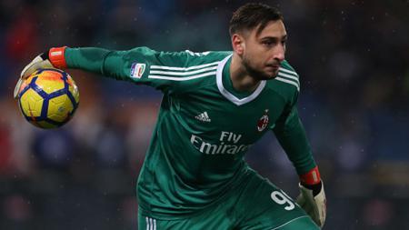 Gianluigi Donnarumma dikabarkan menolak tawaran kontrak baru yang diberikan AC Milan. - INDOSPORT