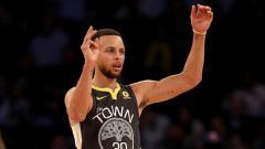 Indosport - Bintang Golden State Warriors, Stephen Curry.