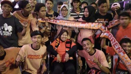 Jakmania, pendukung klub Persija Jakarta. - INDOSPORT