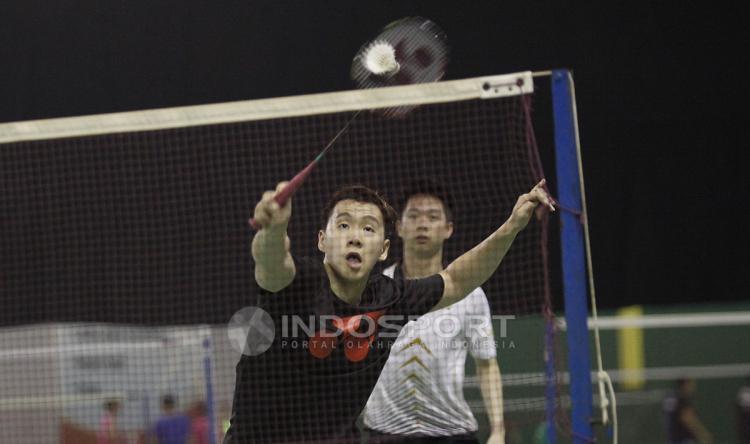 Kevin/Marcus harus melawan tiga rekannya dalam latihan hari ini. Copyright: Herry Ibrahim/Indosport.com