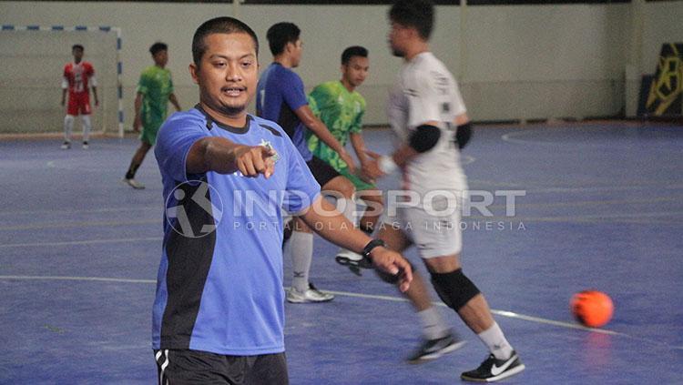Pelatih Bintang Timur Surabaya Copyright: Fitra Herdian/indosport.com