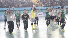 Indosport - Pertandingan Bintang Timur Surabaya.