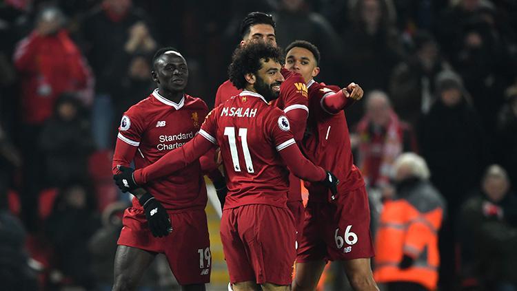 Para pemain Liverpool merayakan gol kedua yang diciptkan Sadio Mane. Copyright: INDOSPORT