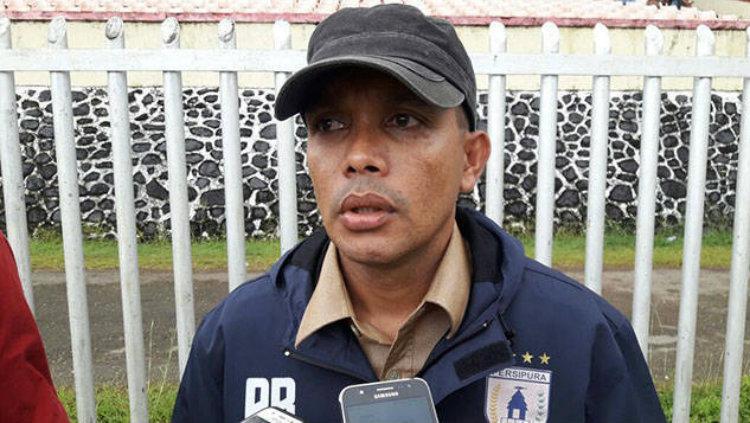 Sekretaris Umum Persipura Jayapura, Rocky Babena. Copyright: pasificpos.com
