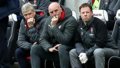 Indosport - Ekspresi Arsene Wanger saat Arsenal kalah dari Brigton.