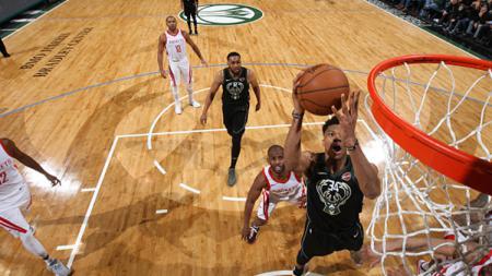 Houston Rockets vs Milwaukee Bucks. - INDOSPORT