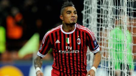 Eks AC Milan yang saat ini tengah memperkuat Sassuolo, Kevin-Prince Boateng, mengungkapkan alasannya menerima tawaran dari Fiorentina. - INDOSPORT