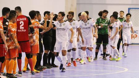 Usai pertandingan Bintang Timur Surabaya vs Black Steel Manokwari. - INDOSPORT