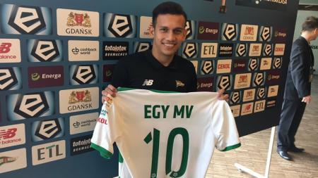 Egy MAulana Vikri mendapatkan nomer punggung 10 di klub barunya Lechia Gdańsk/ - INDOSPORT