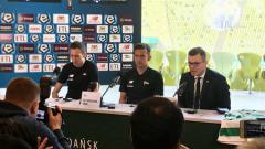 Indosport - Egy Maulana Vikri saat diperkenalkan secara resmi oleh Lechia Gdańsk.