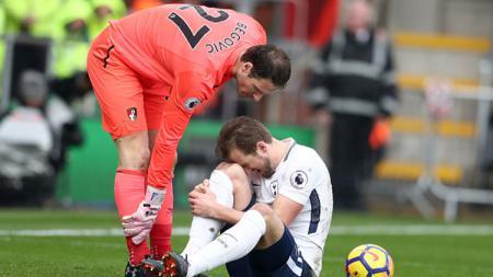 Harry Kane mengalami cedera saat Tottenham Hotspur bertandang ke markas Bournemouth pada Liga Primer Inggris pekan ke-30. - INDOSPORT