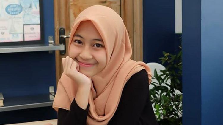 Ootd Fashion Hijab Ala Adiba Hijab Converse