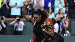 Indosport - Serena Williams usai dikalahkan Venus di Indian Wells 2018.