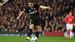 Indosport - Tampil impresif dan menyamai catatan gol Kylian Mbappe di musim 2019/20 ini, Wissam Ben Yedder dikabarkan masuk ke dalam radar transfer Manchester United.