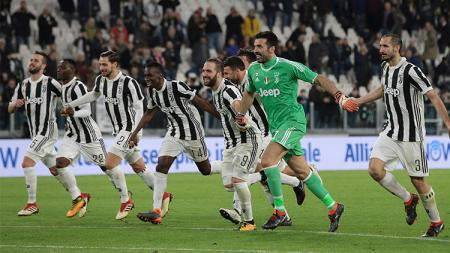 Juventus merayakan kemenangan atas Atalanta. - INDOSPORT