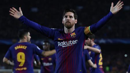 Lionel Messi merayakan golnya ke gawang Chelsea. - INDOSPORT