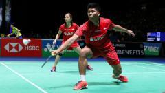 Indosport - Detik-detik momen smes keras pebulutangkis ganda campuran Praveen Jordan buat unggulan 1 China, Zhang Nan/Zhao Yunlei tidak berdaya.