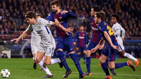 Lewat unggahannya di YouTube, Barcelona membuat Chelsea patah hati berulang kali dengan video gol Andres Iniesta berdurasi 10 jam - INDOSPORT
