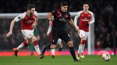 Indosport - Andre Silva mendapat kawalan ketat dari pemain Arsenal.