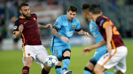 AS Roma vs Barcelona pada 2015 silam. - INDOSPORT