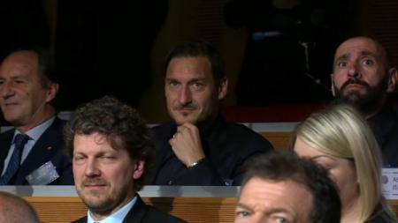 Direktur Roma, Francesco Totti - INDOSPORT