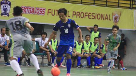 Situasi pertandingan GIGA FC vs APK Samarinda. - INDOSPORT