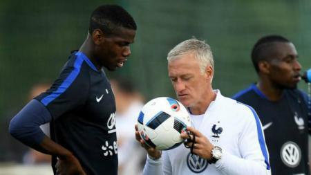 Paul Pogba bersama pelatih Timnas Prancis, Didier Deschamps - INDOSPORT