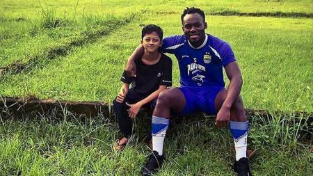Eks Persib Bandung, Michael Essien, mengirimkan ucapan selamat untuk mantan rekannya di Chelsea, Frank Lampard. - INDOSPORT
