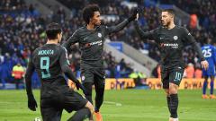 Indosport - Selebrasi Alvaro Morata usai mencetak gol kegawang Leicester City.