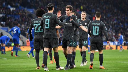 Alvaro Morata merayakan gol bersama rekan satu timnya. - INDOSPORT