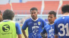 Indosport - Ardi Idrus, pemain trial Persib Bandung.
