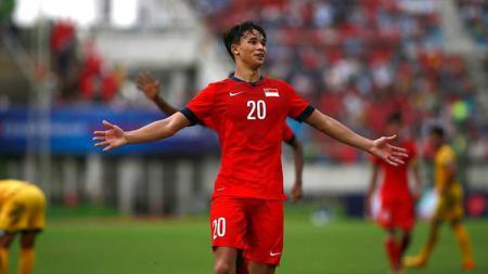 Ikhsan Fandi Ahmad berseragam Timnas Singapura. - INDOSPORT
