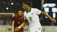 Indosport - Ezra Walian saat membela Timnas U-23.
