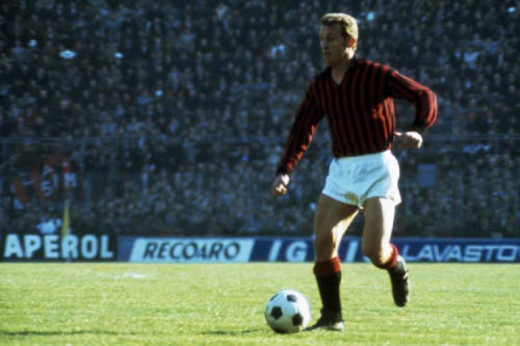 Giovanni Trapattoni ketika membela AC Milan Copyright: Italian Football Daily