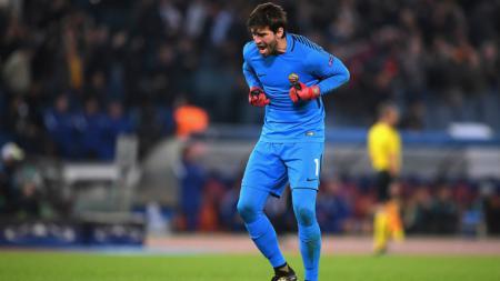 Kiper AS Roma, Alisson Becker - INDOSPORT