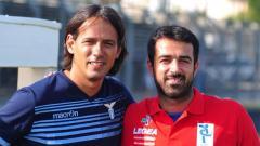 Indosport - Vincenzo Alberto Annese (kiri), mantan pelatih PSIS Semarang,yang kini berambisi melatih timnas Indonesia.