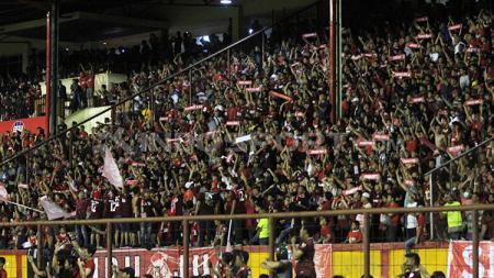 Suporter PSM Makassar. - INDOSPORT