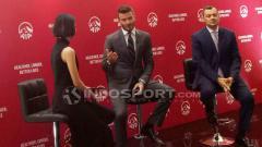 Indosport - David Beckham temui awak media di Hotel Raffles, Jakarta dalam kampanye AIA What's Your Why pada Senin(26/03/18).