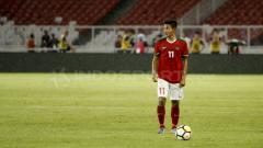 Indosport - Firza Andika di laga persahabatan melawan Timnas Jepang di GBK.