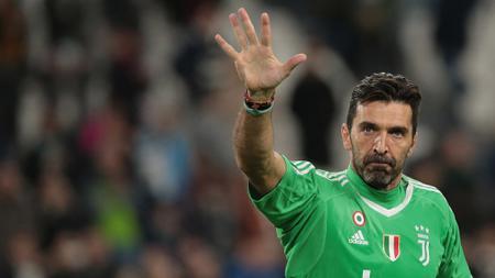 Gianlugi Buffon tetap merasa pemain penting di Juventus meski menit bermainnya terbilang minim musim ini. - INDOSPORT
