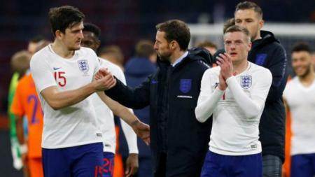 Selebrasi para pemain Tim Nasional Inggris pasca laga melawan Italia. - INDOSPORT