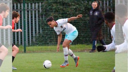 Nathan Muskitta saat berlatih di West Ham United - INDOSPORT