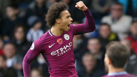 Penyerang Man City Leroy Sane merayakan gol. - INDOSPORT