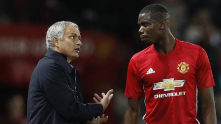 Jose Mourinho dan Paul Pogba. - INDOSPORT